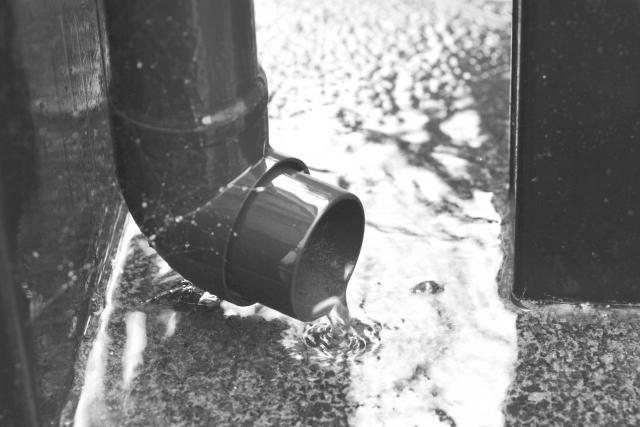 雨樋の詰まりも0円で修理出来る